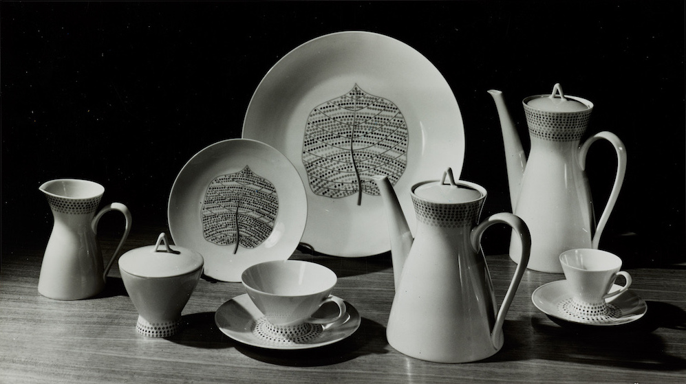 Bond Street porcelain plates, pattern designed by Lucienne Day, Rosenthal, 1957: The Robin and Lucienne Day Foundation and archive.