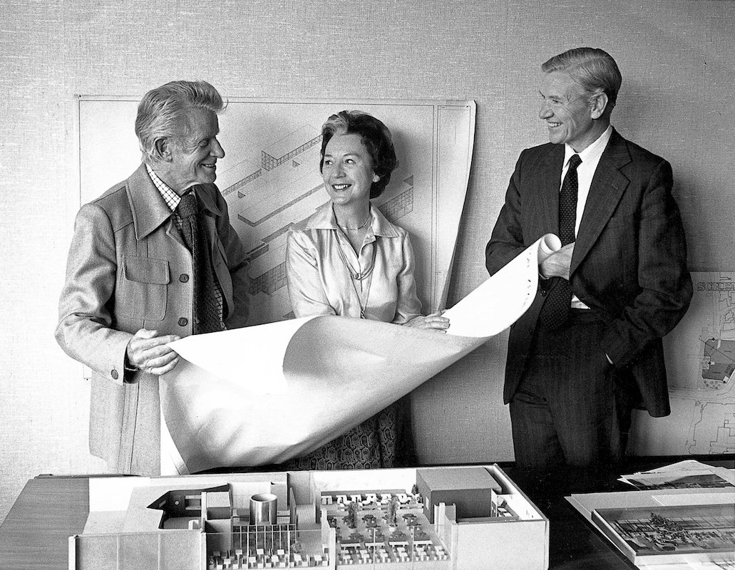 Robin and Lucienne Day with Harry Legg from John Lewis Partnership, 1979: The Robin and Lucienne Day Foundation and archive. Photographer: Trevor Fry.