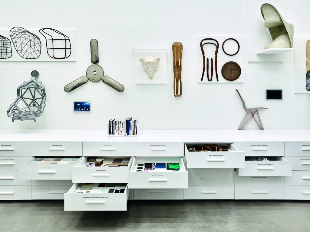 Drawers hold teaching and handling objects, including samples and components. Photo © Vitra Design Museum, Mark Niedermann